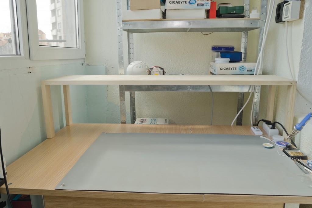 DSC_5122a-bench-empty